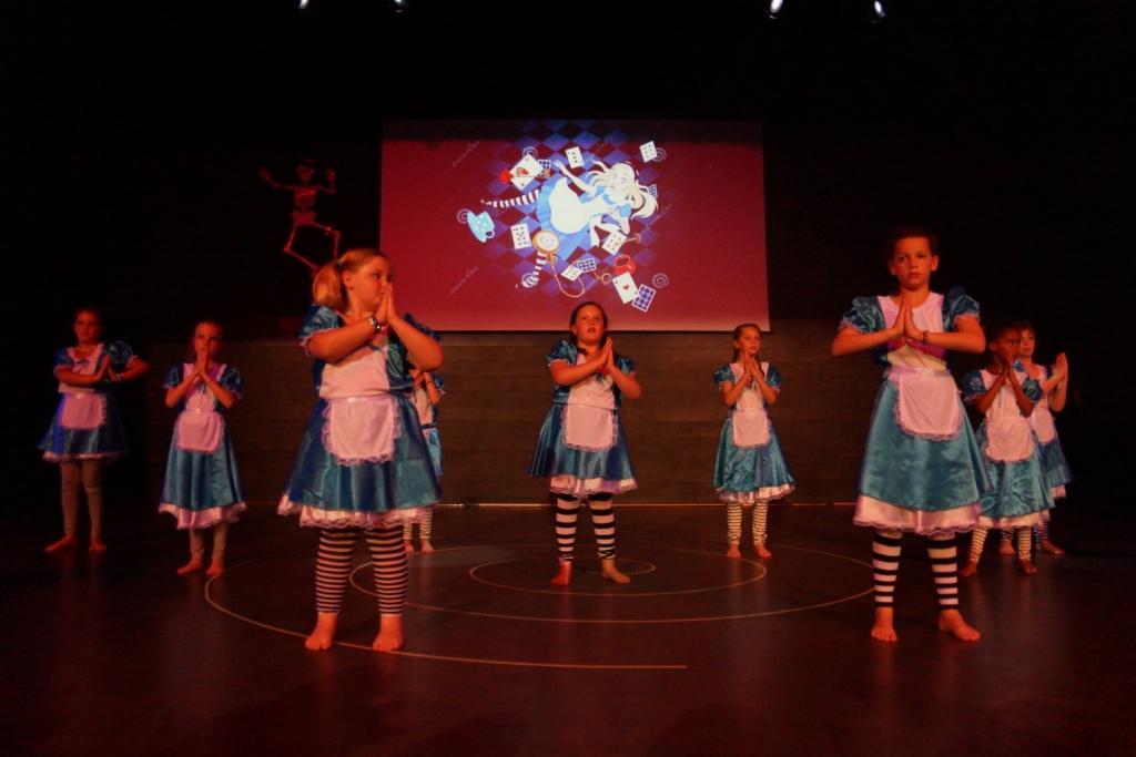 gala 2017 danse bien être Zumba Style 7 - 10 ans