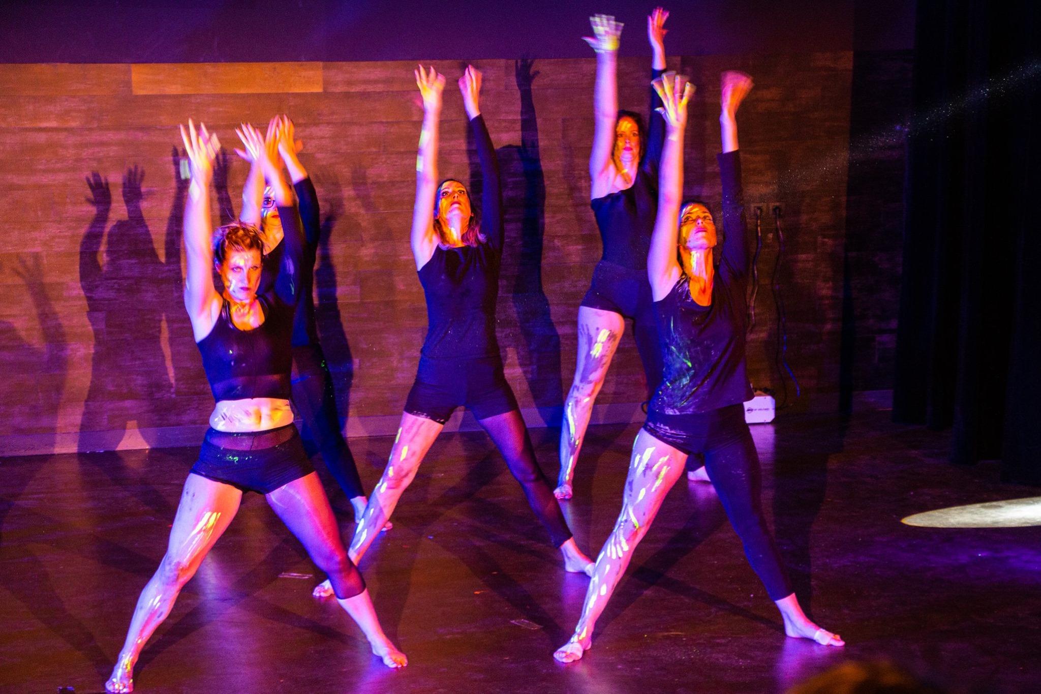 Modern`dance gala 2019 Danse Bien Etre Laetitia Barbet